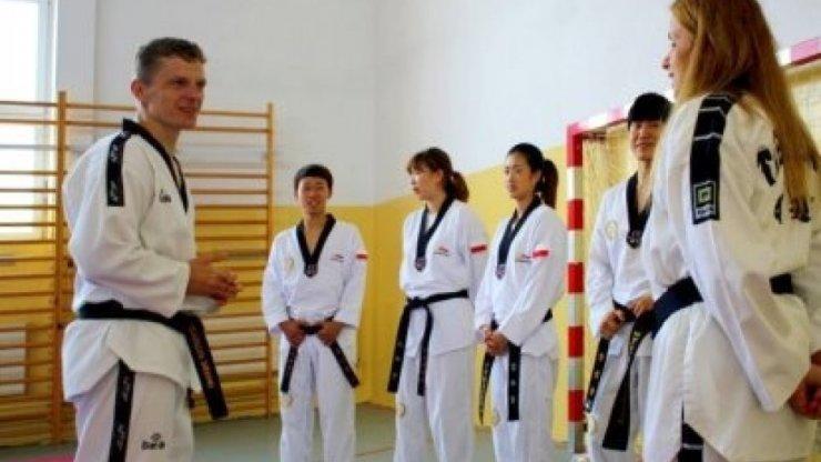 Koreańscy mistrzowie taekwondo w Olecku