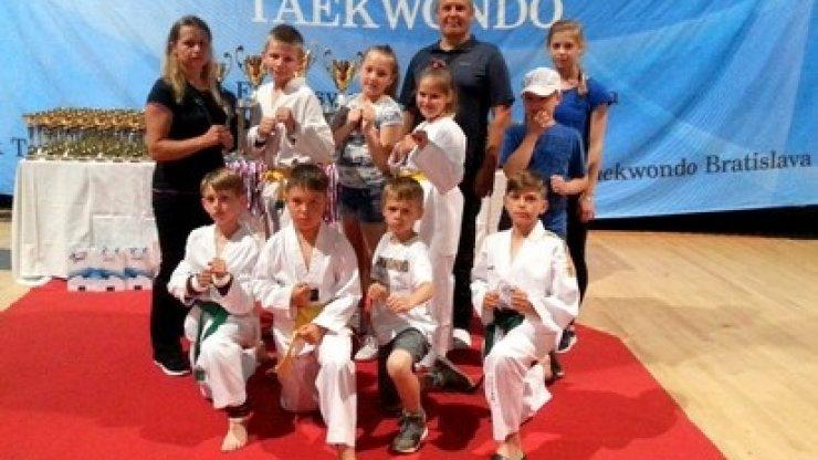 Zwycięstwo na Mistrzostwach Bratislava Open 2016 w Taekwondo Olimpijskim