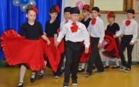 Zagłosuj na taniec hiszpański i pomóż wygrać plac zabaw w Olecku